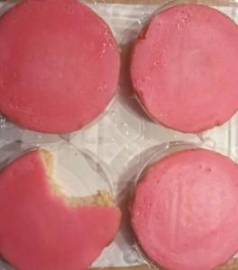 Een roze koek om je woede weg te eten.